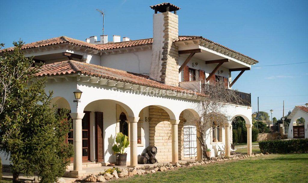 casa3 2 1024x608 - Preciosa casa rústica entre viñedos y naturaleza en el Bajo Penedés, Tarragona