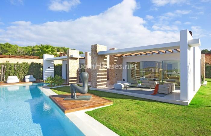 casa32 - Vivir en el paraíso: Espectacular villa de lujo en Cala Conta, Ibiza