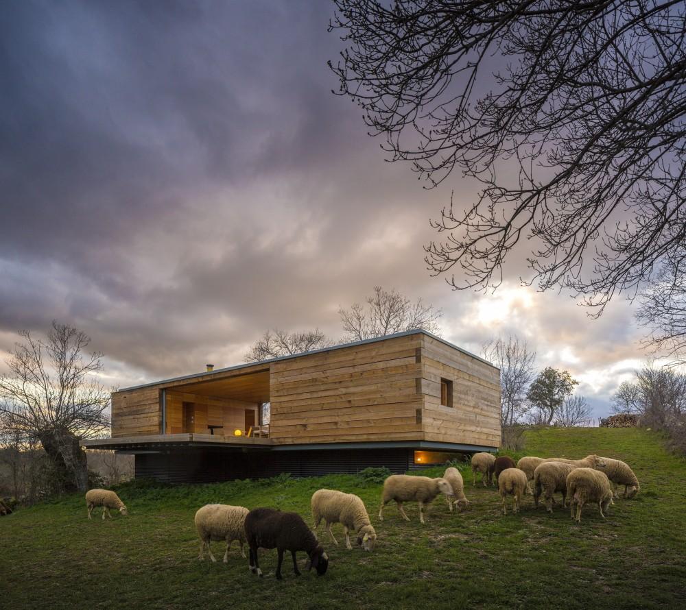 casa38 - Genial casa de diseño moderno y minimalista en los campos de Castilla