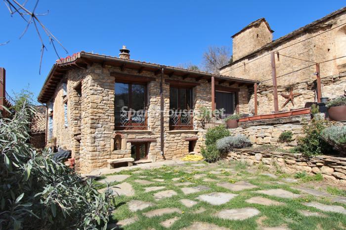 casa61 - Otoño y naturaleza en una preciosa casa tradicional en Ribagorza, el Pirineo de Huesca