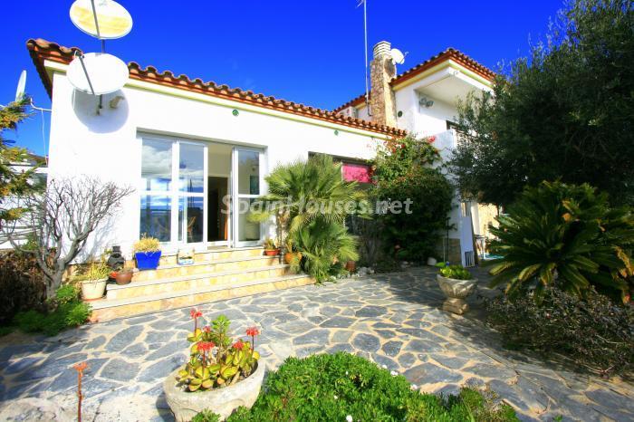 casa62 - Bonita y luminosa casa sobre los canales de Santa Margarita en Roses (Costa Brava, Girona)