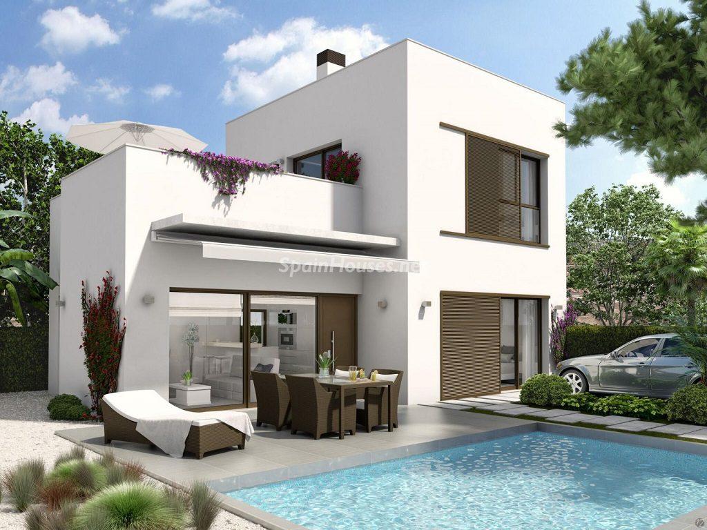 casaenconstruccion lamarina alicante 1024x768 - Un solar a medida para construir tu propia casa, te permitirá ahorrar hasta un 30%