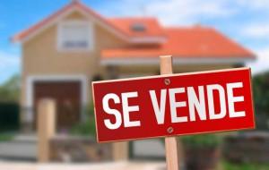 casasdebancos 300x190 - Los bancos tienen aún 65.000 pisos en venta y ya desarrollan nuevas promociones