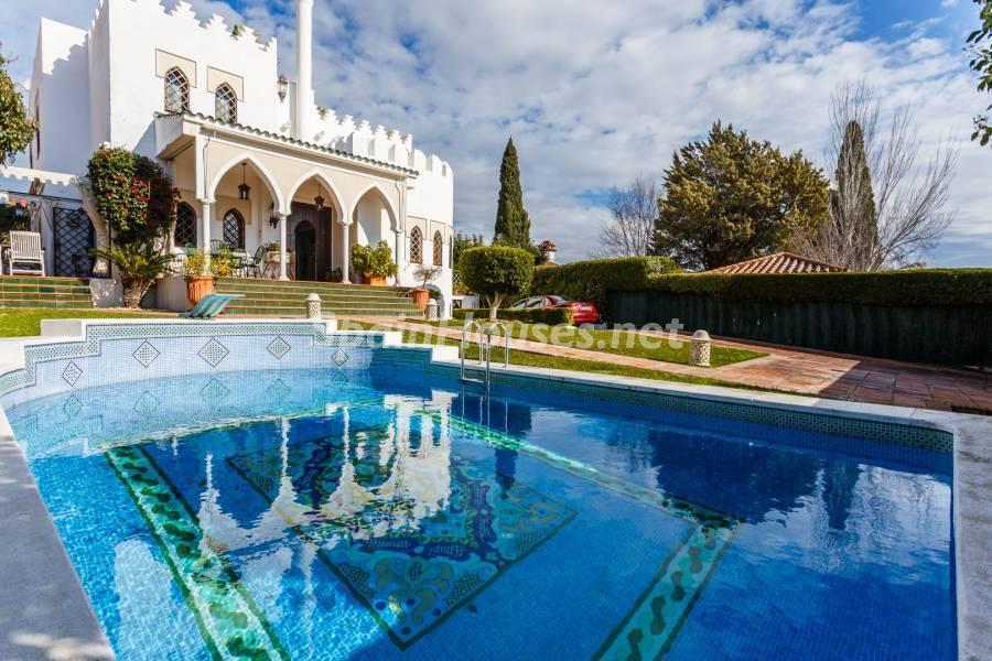 casaypiscina 3 - Estilo mudéjar lleno de encanto en un espectacular chalet en el Aljarafe de Sevilla