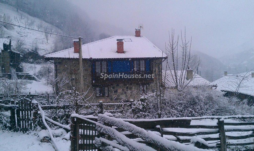 caso asturias 1024x611 - Otoño en 12 preciosas casas en la montaña ideales para disfrutar de la naturaleza