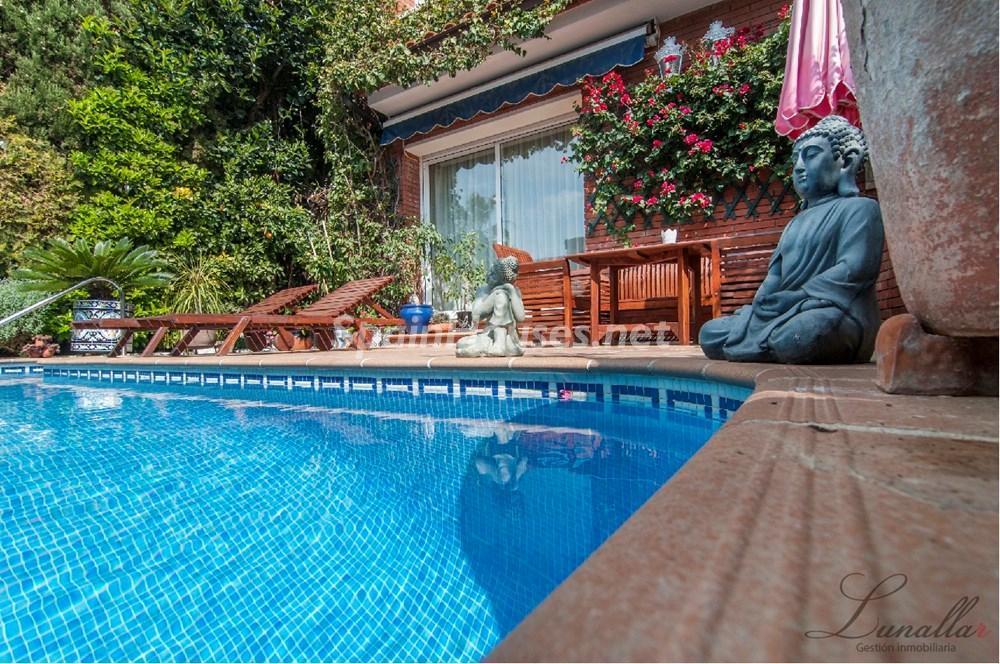 castelldefels barcelona 1 - Porche, piscina, hamaca o tumbona: 15 rincones de verano para el descanso y el relax