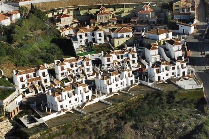 chalets torroxcosta - A la caza de gangas: 16 fantásticas viviendas de obra nueva entre 60.000 y 190.000 euros