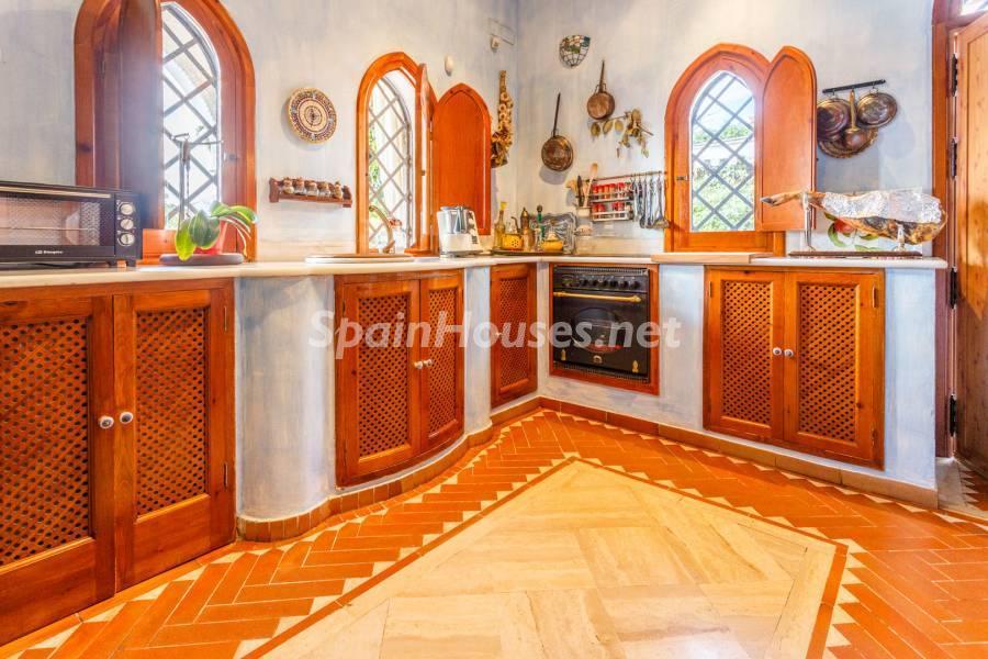 cocina 17 - Estilo mudéjar lleno de encanto en un espectacular chalet en el Aljarafe de Sevilla