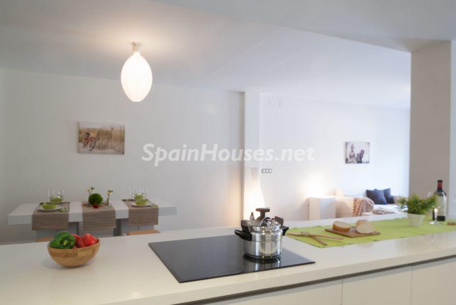 cocina 54 - Home Staging de detalles cálidos en un bonito piso reformado en Cádiz capital