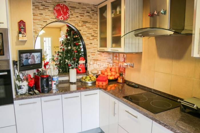 cocina121 - Una casa coqueta, navideña y confortable en Miami Playa (Costa Dorada, Tarragona)