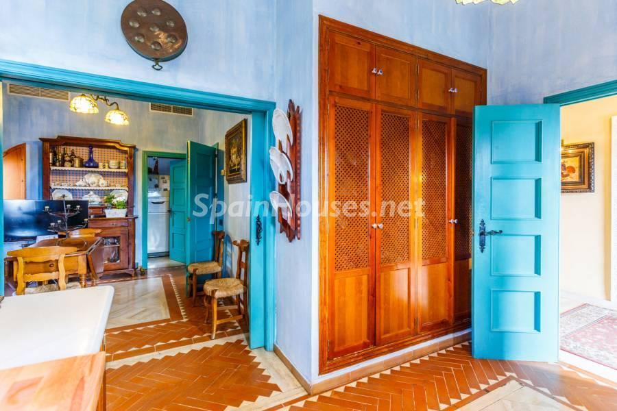 cocina2 2 - Estilo mudéjar lleno de encanto en un espectacular chalet en el Aljarafe de Sevilla