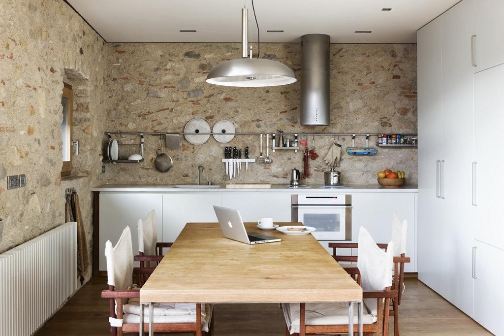 cocina35 - Encanto en el Barri Vell de Girona, lo antiguo y lo moderno fundidos a la perfección