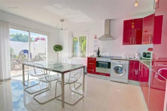 cocina36 - Preciosa casa llena de luz junto al mar en Mijas Costa (Costa del Sol, Málaga)