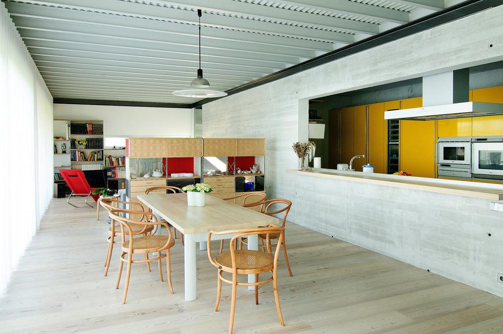 cocina37 - Interesante casa de estilo industrial entre los verdes campos de Cantabria