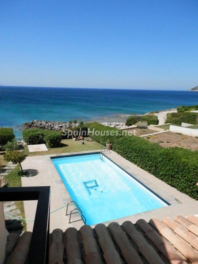 coloniadesanpedro arta mallorca 768x1024 - 18 casas y apartamentos en alquiler de vacaciones cerca del mar, ya llegó el verano