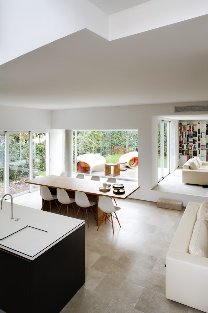 comedorycocina 1 - Diseño contemporáneo y luz otoñal en una preciosa casa en Madrid