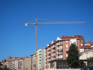 construccion visados 300x225 - Los visados para construir nuevas viviendas crecen un 28,1% hasta mayo