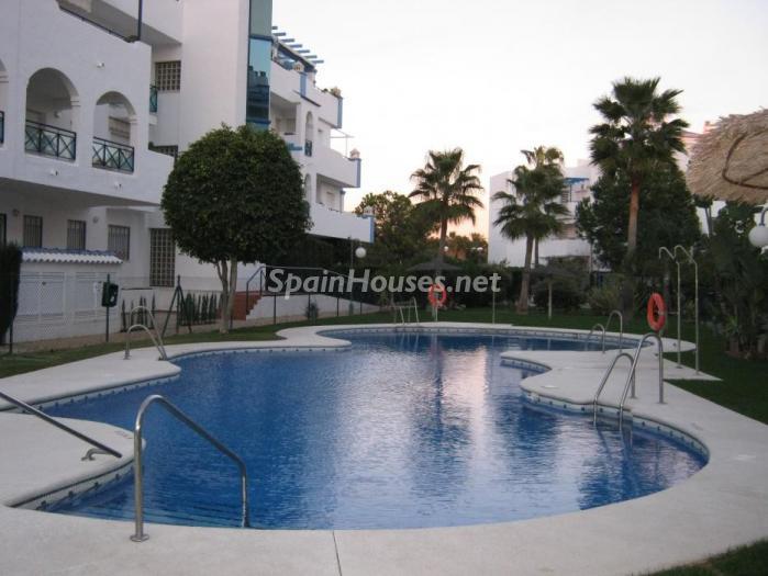costaballena cadiz - 15 bonitos pisos de 3 dormitorios con jardines y piscina por menos de 150.000 euros
