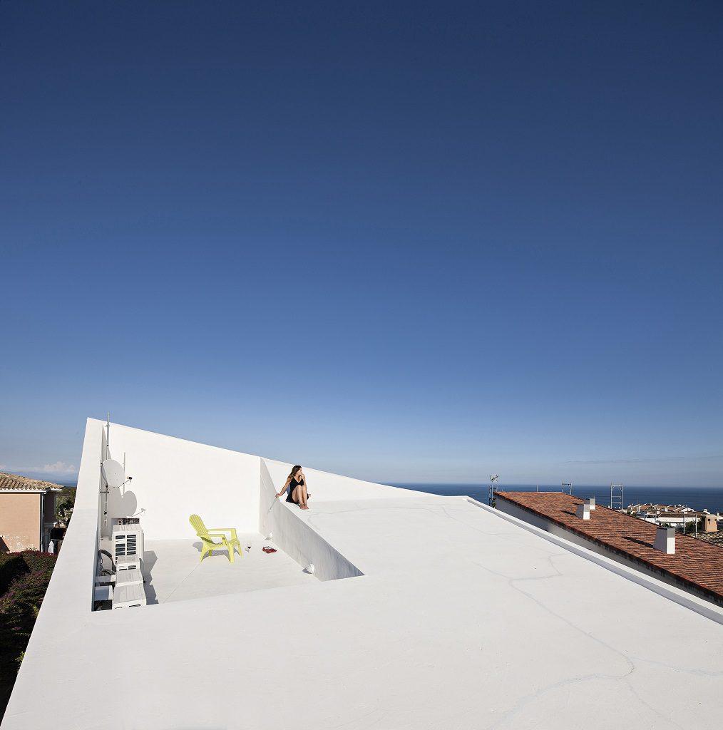 cubierta terraza 1014x1024 - Casa de los Vientos: Adaptación para el verano en La Línea de la Concepción (Cádiz)