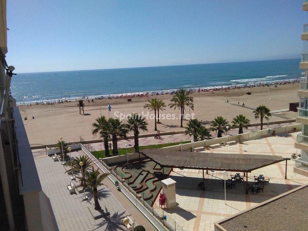 cullera valencia 5 1024x768 - 23 viviendas de vacaciones perfectas para Semana Santa: playa, mar y naturaleza