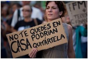 desahucio 300x202 - PP rechaza las renegociaciones de Hipoteca