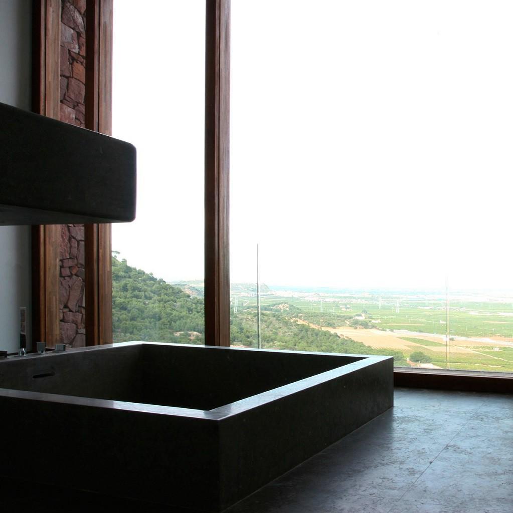 """detalle baño 1 1023x1024 - """"Paz y Comedias"""": Piedra, elegancia y armonía en la Sierra de Valencia"""