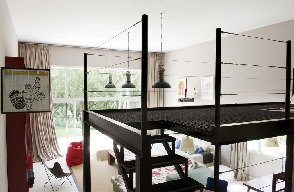 detalle escalera 1 1024x667 - Toque refrescante y ecléctico en una preciosa casa en Sotogrande (Costa de la Luz, Cádiz)