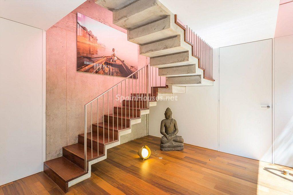 detalle escaleras 7 1024x682 - Chalet en la Sierra de Collserola (Barcelona): lujo y diseño para disfrutar