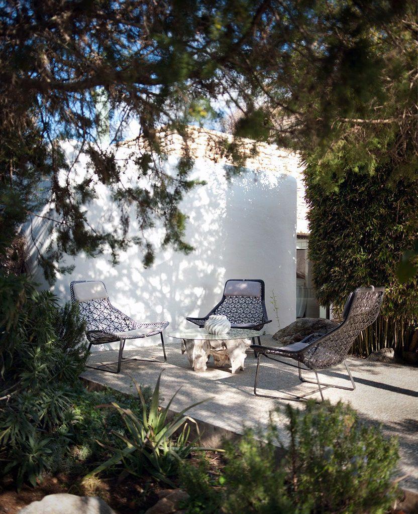 detalle exterior 14 832x1024 - Casa rústica y moderna en Ibiza (Baleares): diseño mediterráneo que enamora