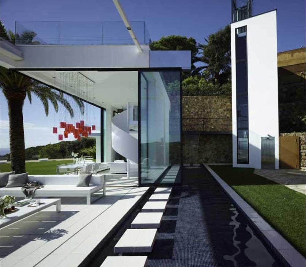 detalle exterior 9 - Diseño en el acantilado en una fantástica casa en Tossa de mar (Costa Brava, Girona)