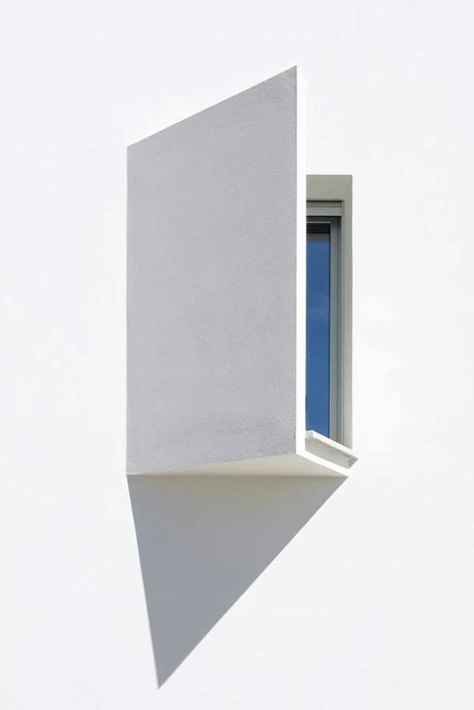 detalle exterior2 - Casa Ripolles-Manrique: diseño contemporáneo en Benicasim (Costa del Azahar, Castellón)