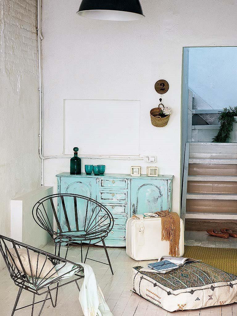 detalle interior 9 768x1024 - De garaje a original casa en Barcelona: luminosa y llena de encanto vintage