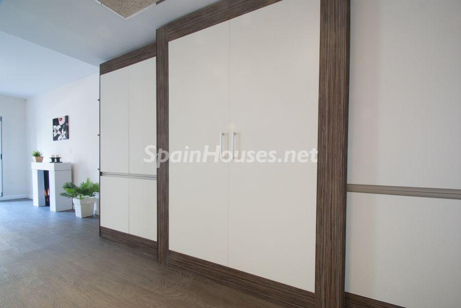 detalle muebles cocina2 - Home Staging de detalles cálidos en un bonito piso reformado en Cádiz capital