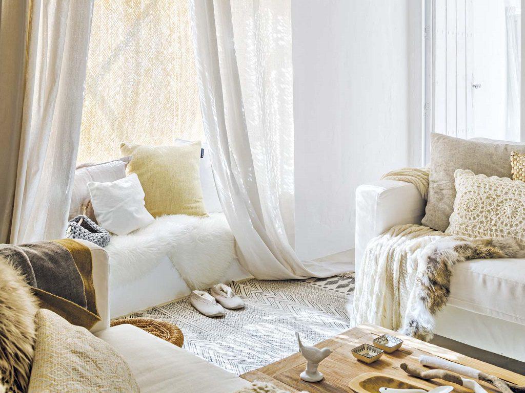detalle salon1 2 1024x768 - Navidad blanca, sutil y nórdica en un cortijo andaluz de ensueño en Málaga