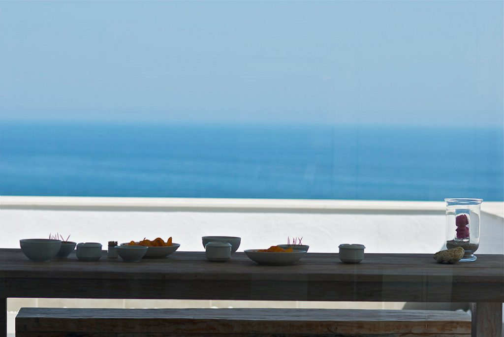 detalle terraza 2 1024x685 - Unas vacaciones de ensueño en Punta de la Mona, La Herradura (Granada), frente al mar