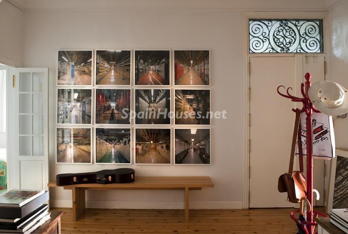 detalleentrada2 - Precioso piso lleno de amplitud y estilo en el centro de Madrid