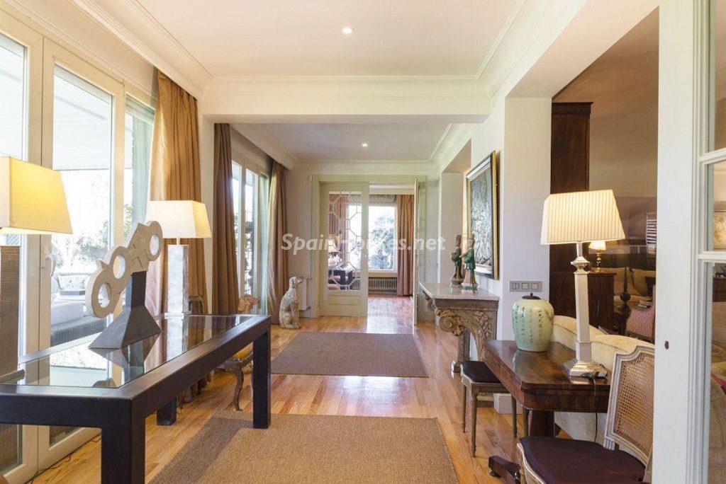 detalleinterior 8 1024x684 - Fantástica casa con piscina y un hermoso jardín en Villanueva de la Cañada (Madrid)
