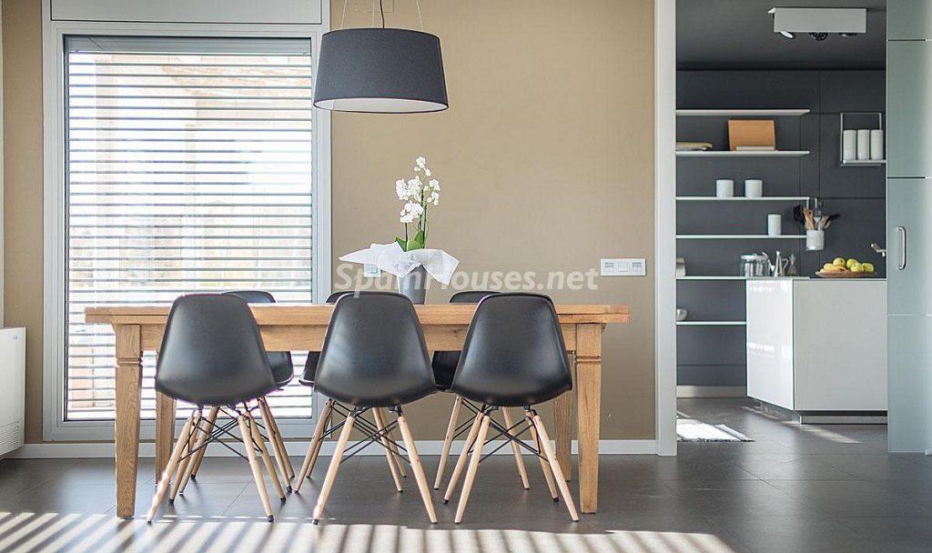 detalleycocina 1 1024x608 - Diseño escandinavo en una soleada casa junto a la playa en Cambrils (Costa Dorada)