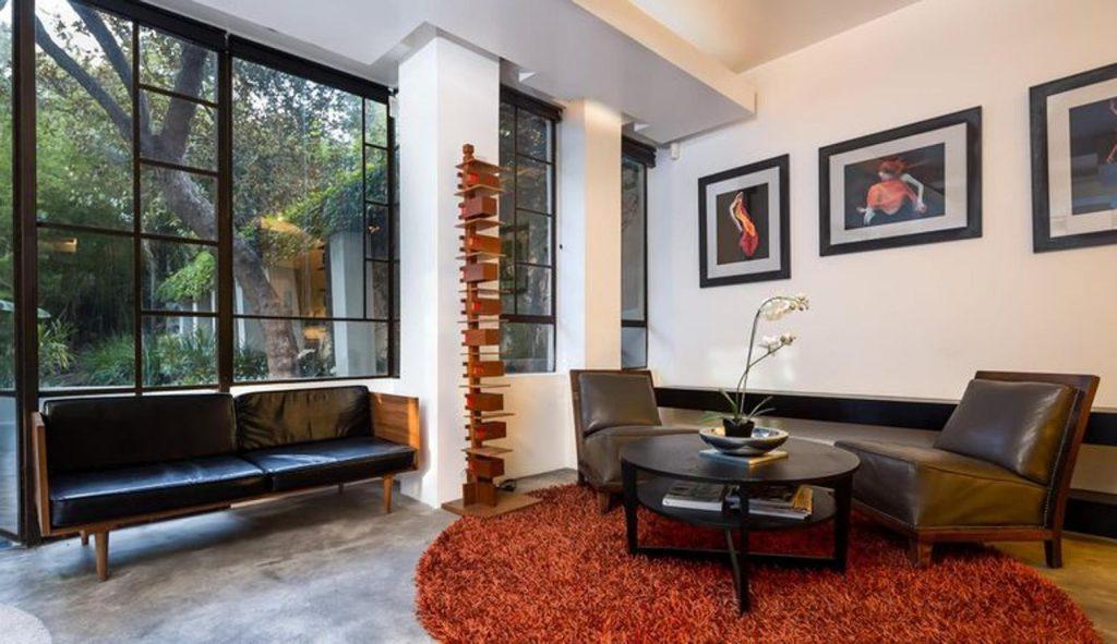 diane keaton2 kJKB 1560x900@abc 1024x591 - Diane Keaton pone a la venta su mansión