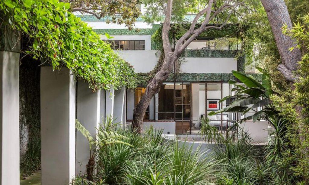 diane keaton7 kJKB 1499x900@abc 1024x615 - Diane Keaton pone a la venta su mansión