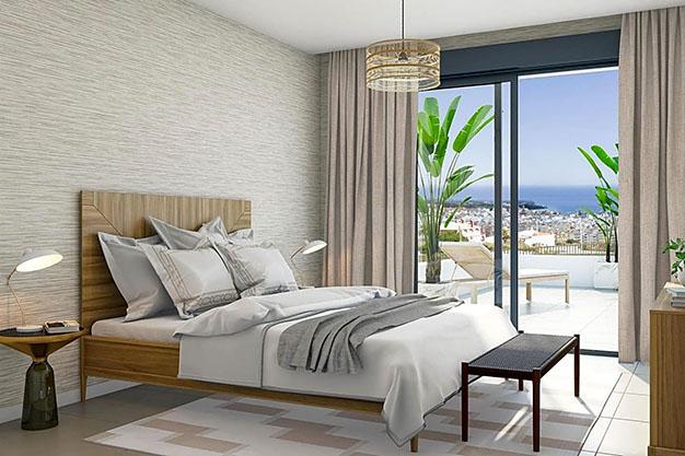 docmitorio estepona - Apartamento de lujo en Estepona con jardín privado y vistas al mar: todo en uno