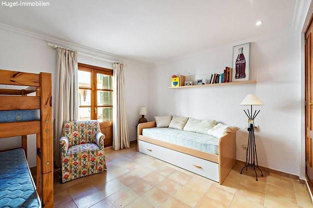 dormitorio 2 4 - Tranquilidad isleña en este precioso apartamento frente al mar en Mallorca
