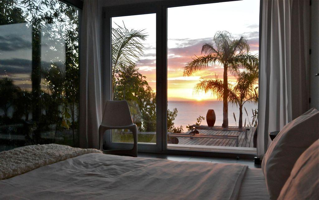 dormitorio 28 1024x642 - Unas vacaciones de ensueño en Punta de la Mona, La Herradura (Granada), frente al mar