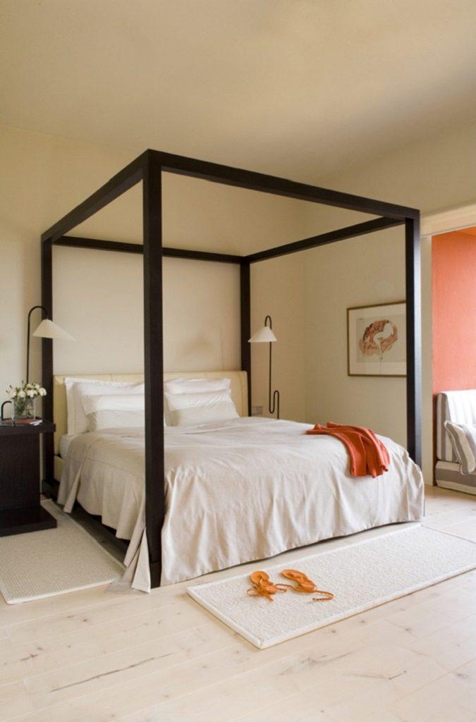 dormitorio 38 675x1024 - Inspiración, color y elegancia en una preciosa casa en Sotogrande (Costa de la Luz, Cádiz)