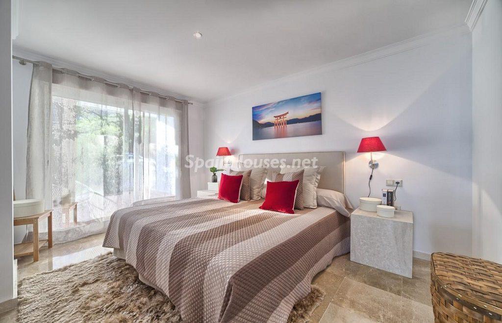 dormitorio 40 1024x659 - Precioso piso a estrenar en la Sierra de las Nieves (Istán, Marbella), naturaleza a 15 km del mar