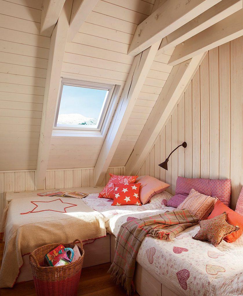 dormitorio 50 839x1024 - Precioso refugio en Baqueira (Valle de Arán): nieve, montaña y calidez en Lleida