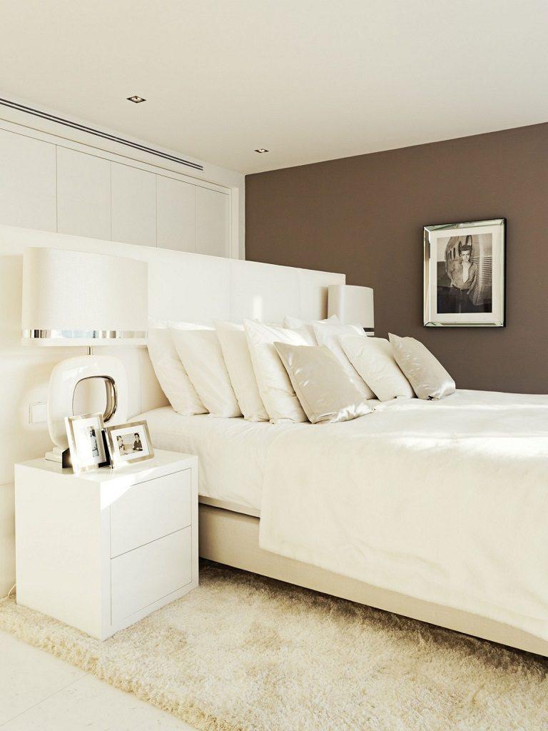 dormitorio 55 768x1024 - Altea Hills: Villas de diseño mediterráneo con vistas al mar en Costa Blanca (Alicante)