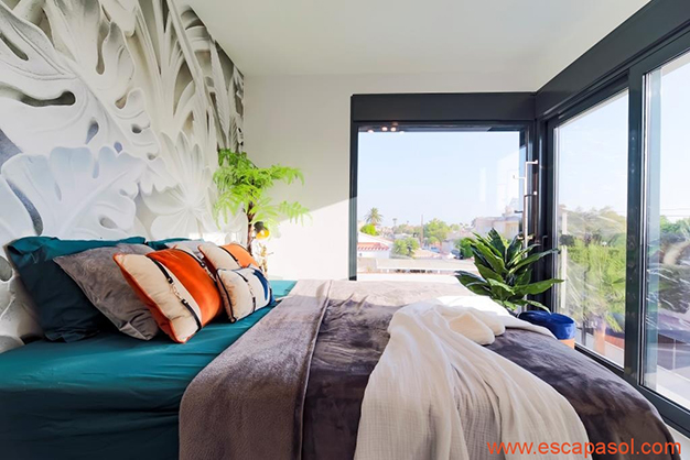 dormitorio alicante - Casa con piscina privada en la Costa Blanca: la mejor opción para disfrutar de un clima cálido