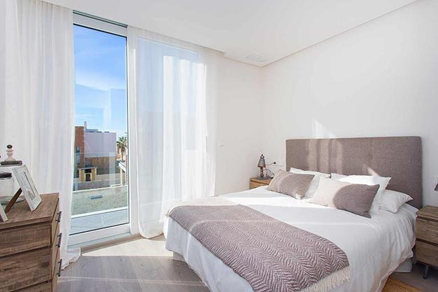 dormitorio q - Casa cerca de la playa en Alicante con calidades de lujo
