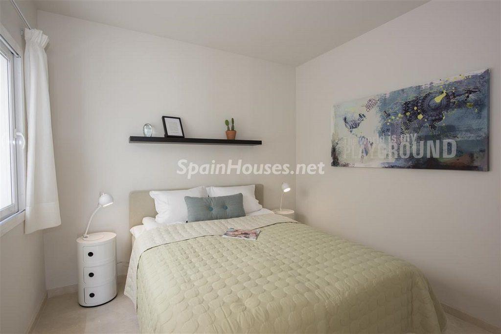 dormitorio1 16 1024x683 - Crystal Lagoons, Casares (Málaga): Apartamentos en 1ª línea de playa, a 10 km del mar